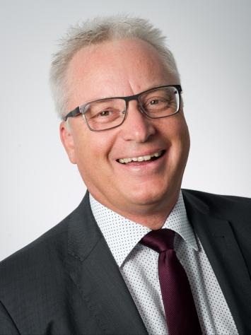 Dr. Mathias Grandel